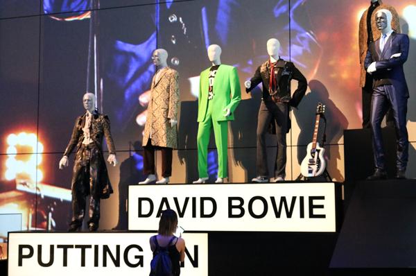 Muxlab per la mostra David Bowie Is