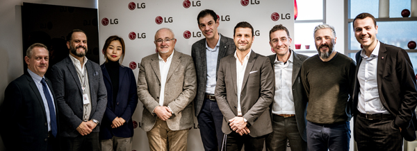 Prase Media Technologies acquisisce la distribuzione di LG, linea Information Display
