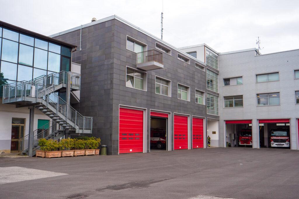 Gli esterni della sede Centro di Addestramento dell'Unità Cinofila dei Vigili del Fuoco di Livorno