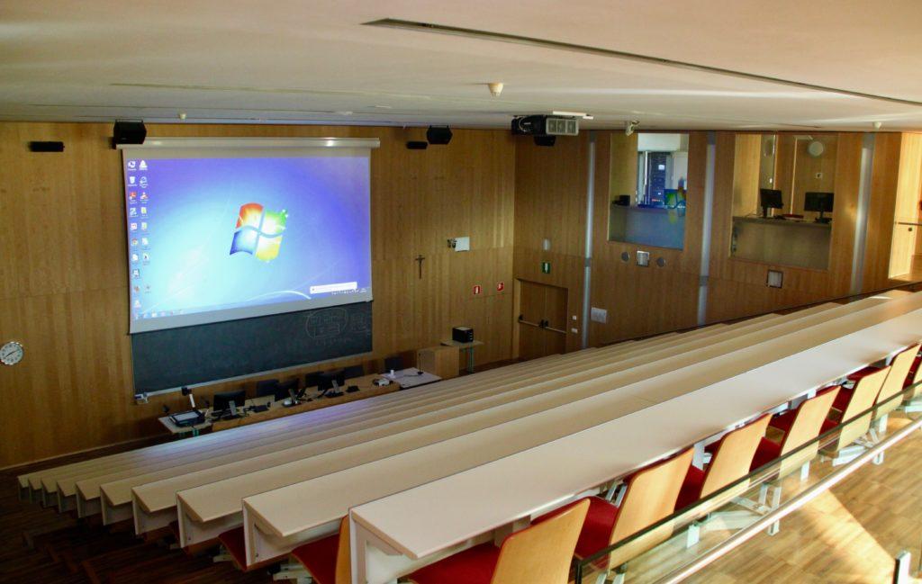 La Scuola Provinciale Superiore di Sanità Claudiana si rinnova con Shure MXW 2